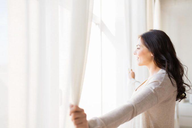 מה הקשר בין בית, עיצוב ווילונות?